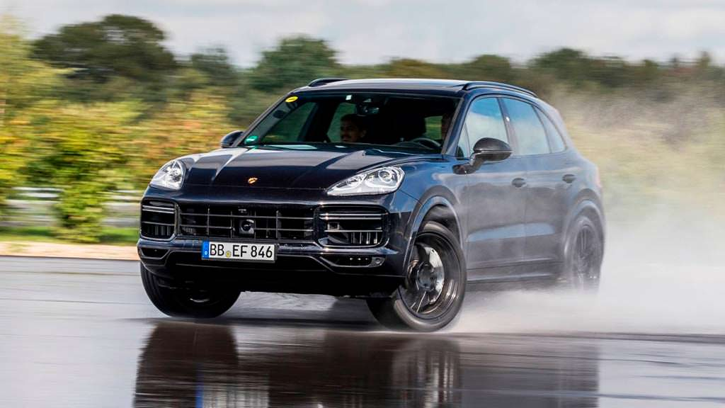Porsche Cayenne. Продажи за 2017 год 64 000 единиц