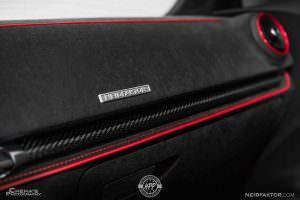 Углеродное волокно в отделке салона Audi RS3 Sedan