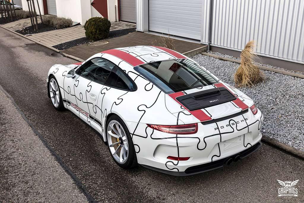 Porsche 911 R. Юмористический винил от Quirky Wrap