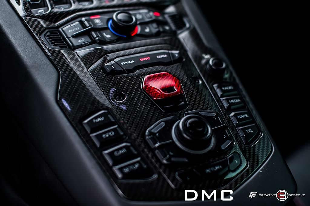 Приборная панель Lamborghini Aventador от DMC