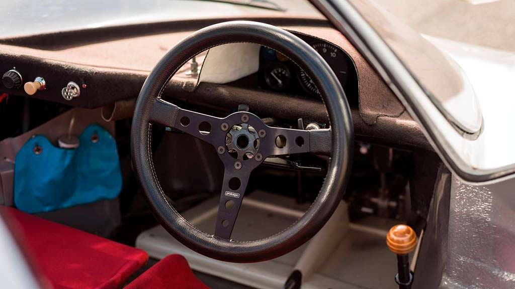 Фото салона Porsche 908 K 1968 года выпуска
