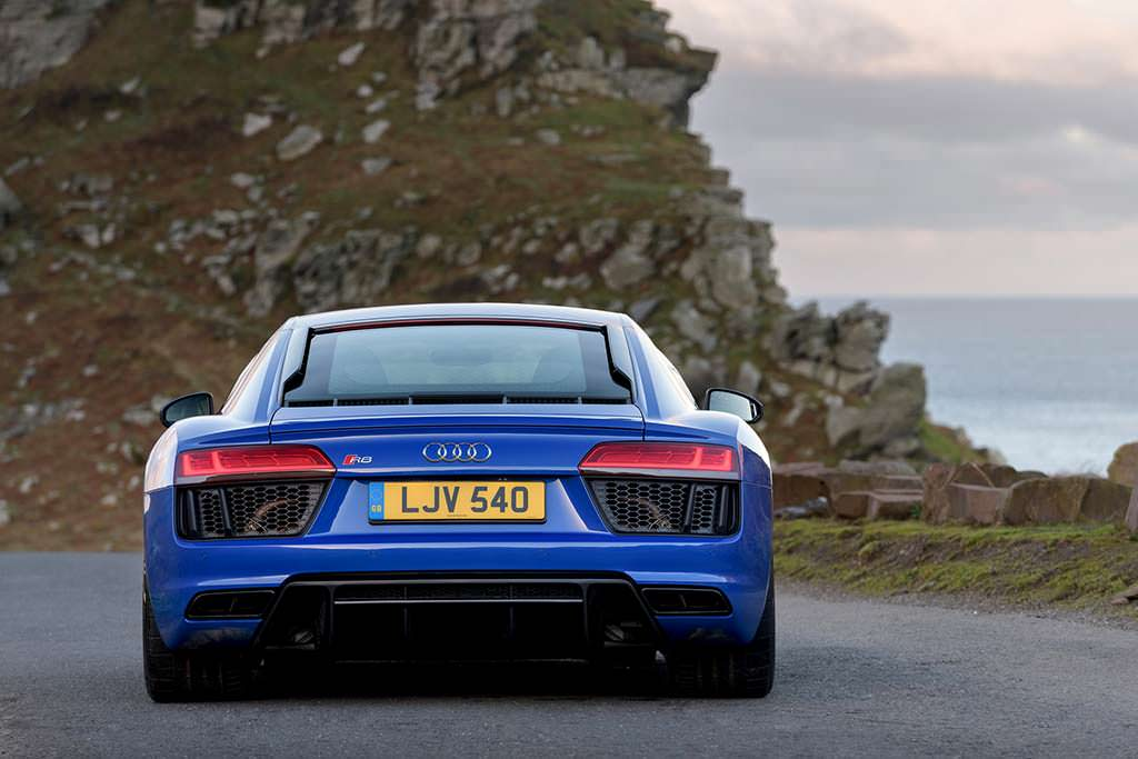 Новая Audi R8 V10 RWS Limited Edition