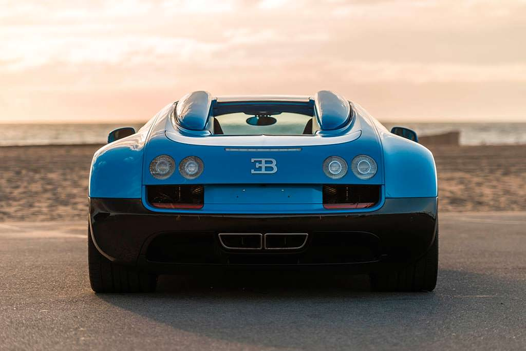 Bugatti Veyron Roadster Grand Sport Vitesse 2014 года выпуска
