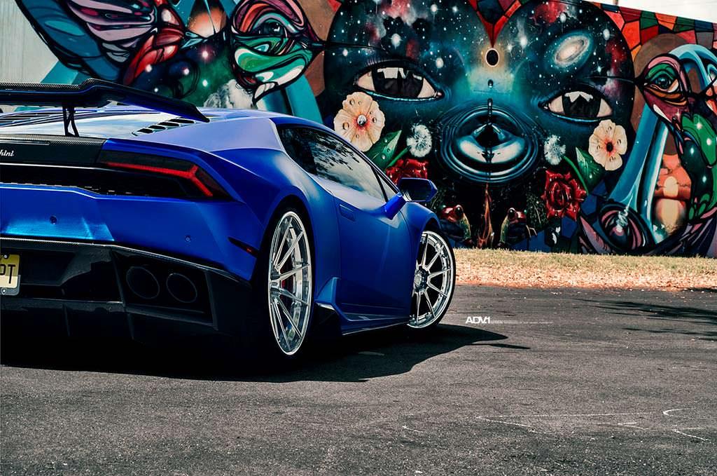 Новый Lamborghini Huracan. Тюнинг от 1016 Industries