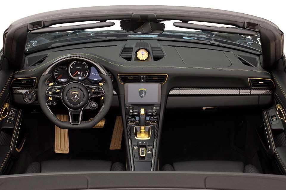 Фото салона Porsche 911 Stinger GTR. Тюнинг от TopCar