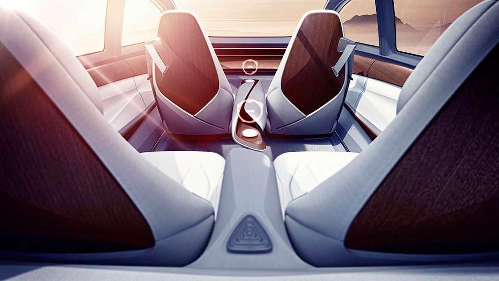Фото салона Volkswagen I.D. Vizzion Concept