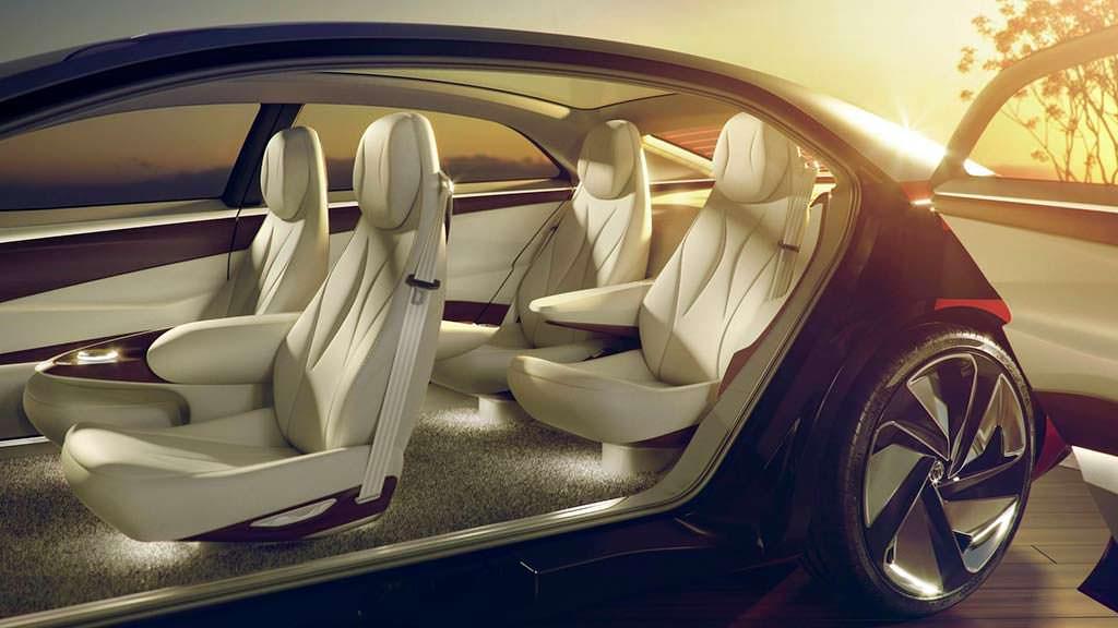 Четырехместный салон Volkswagen I.D. Vizzion Concept