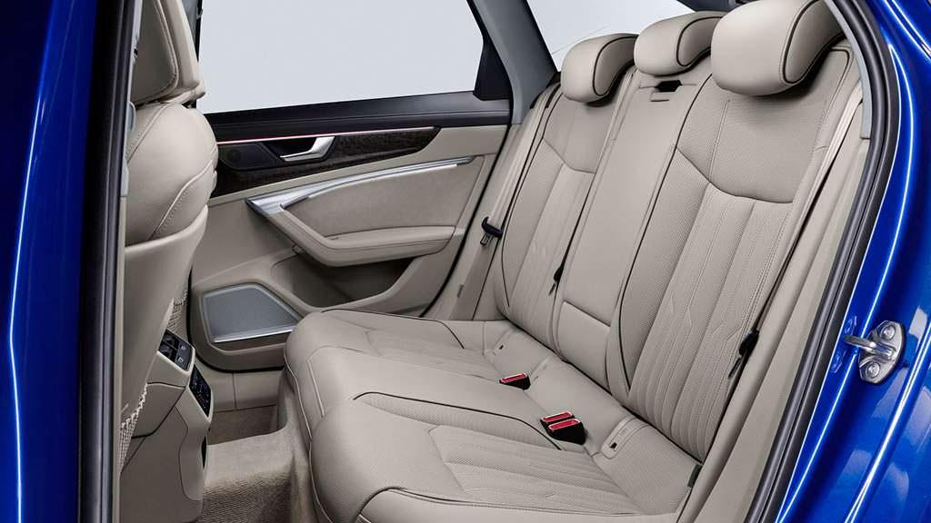 Задние сиденья Audi A6 Avant нового поколения