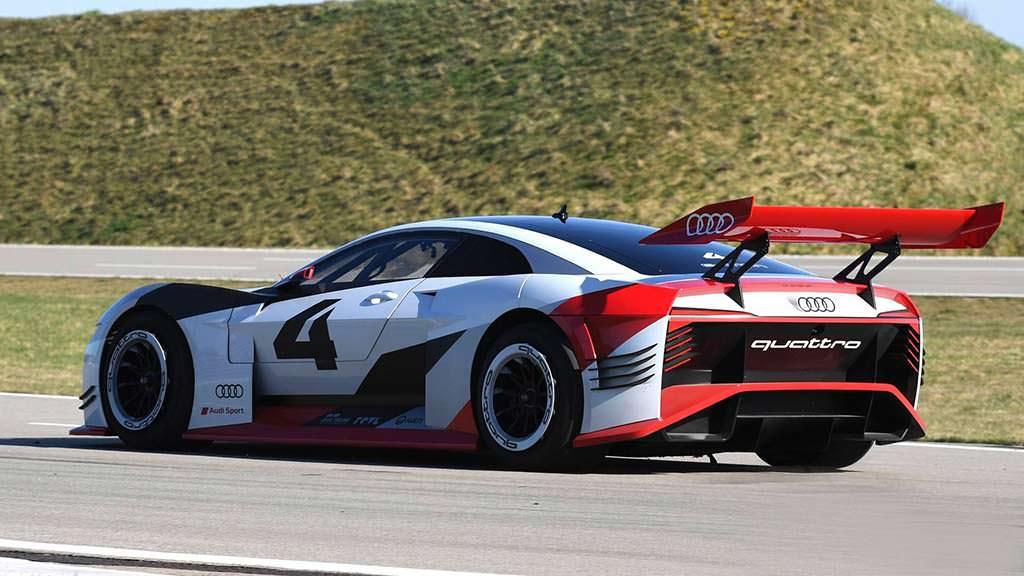 Электросуперкар Audi E-Tron Vision Gran Turismo