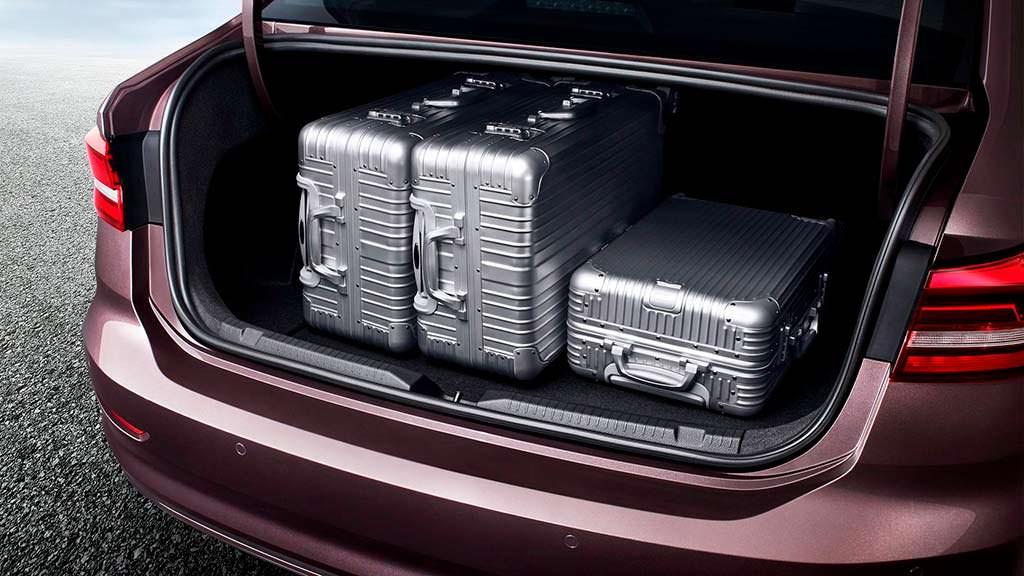 Вместительный багажник Volkswagen Lavida Plus