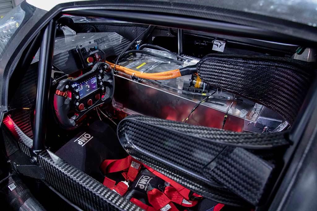 Фото салона Volkswagen I.D. R Pikes Peak Racer