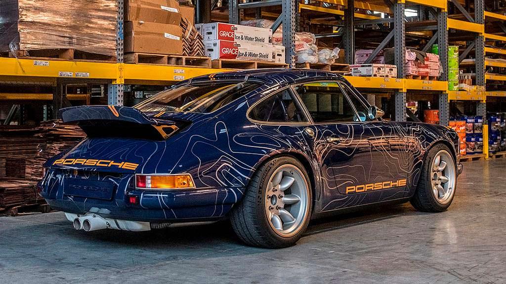 Классический Porsche 911 в кузове 964. Реставрация от Singer