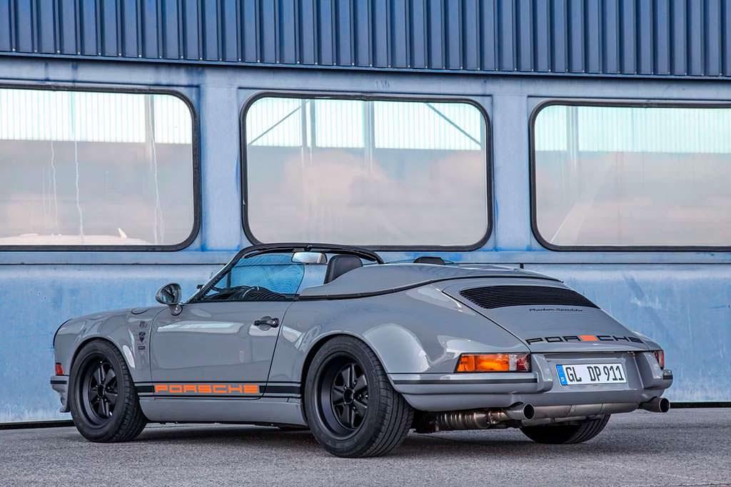 Porsche 911 Speedster серого цвета Nardo Grey