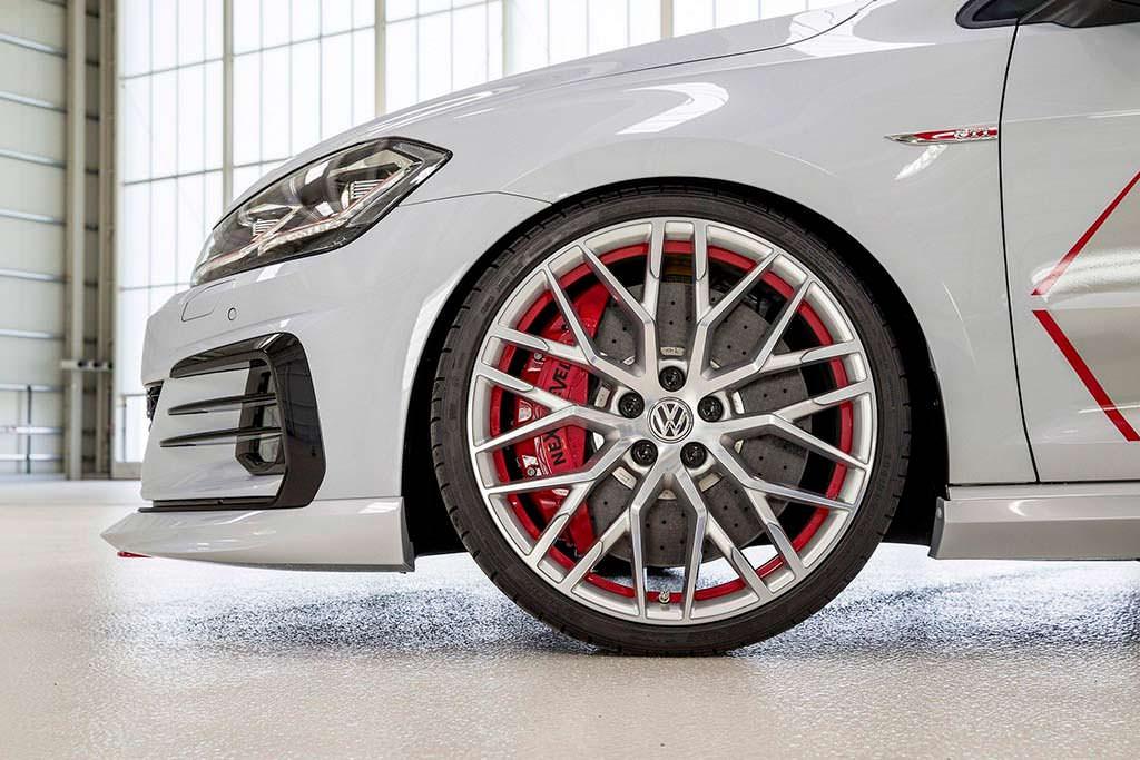 Колеса Volkswagen Golf GTI Next Level от Audi R8