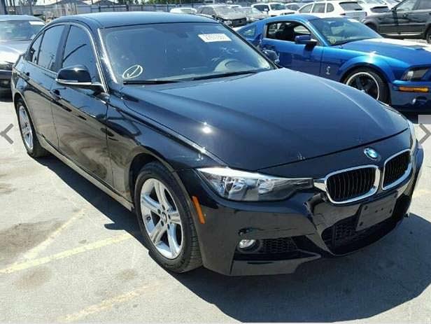 Автомобиль BMW 3-Series с аукциона в Америке