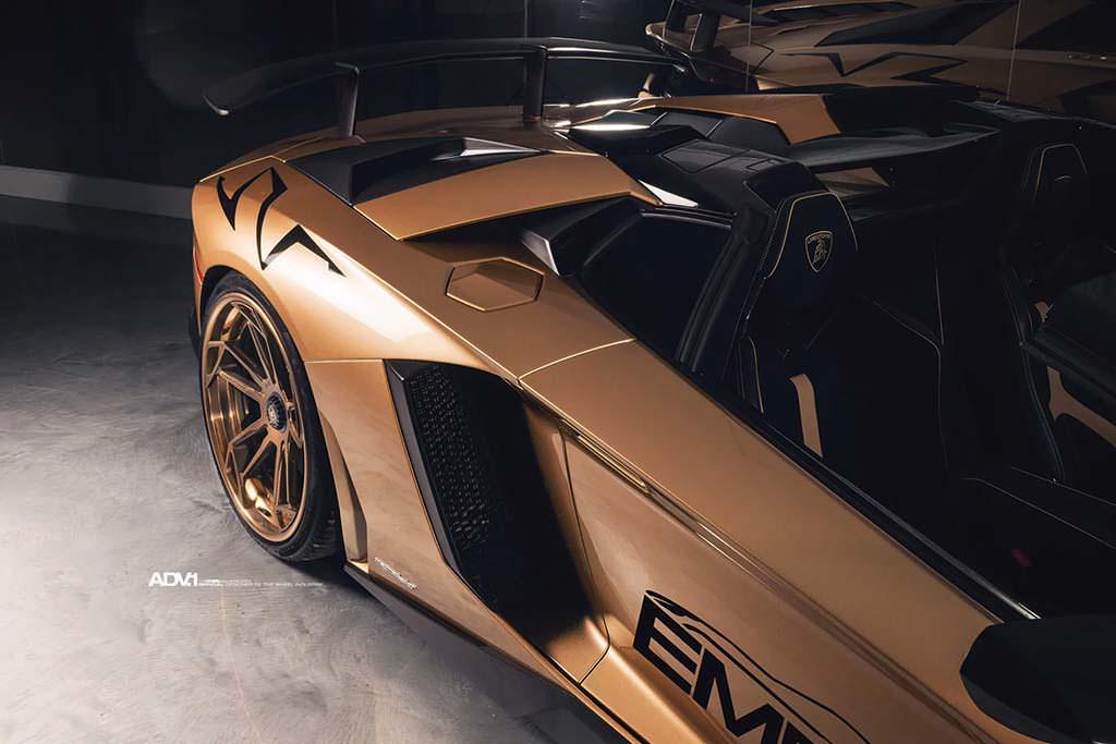 Боковой воздухозаборник Lamborghini Aventador SV Roadster