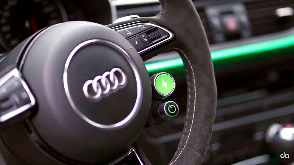 Magic Button на руле Audi RS6-E от ABT Sportsline