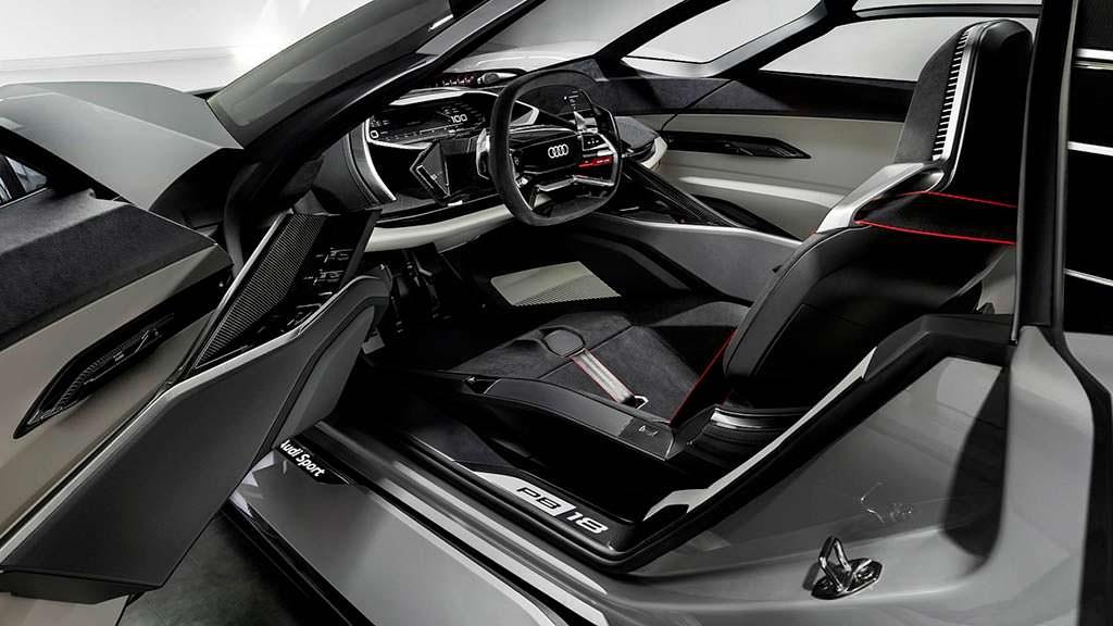 Фантастическая каюта Audi PB18 E-Tron Concept