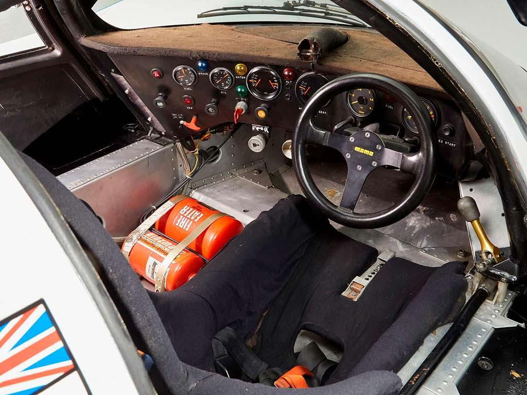 Фото салона Porsche 956