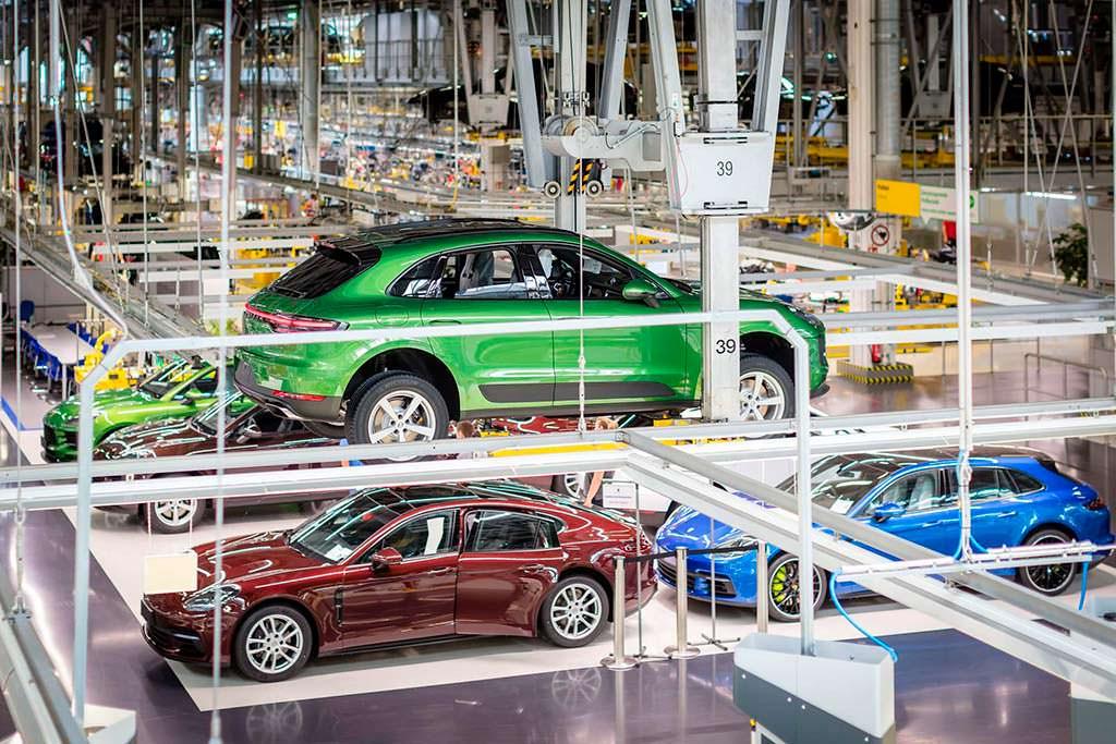 Первый серийный Porsche Macan 2019. Завод в Лейпциге