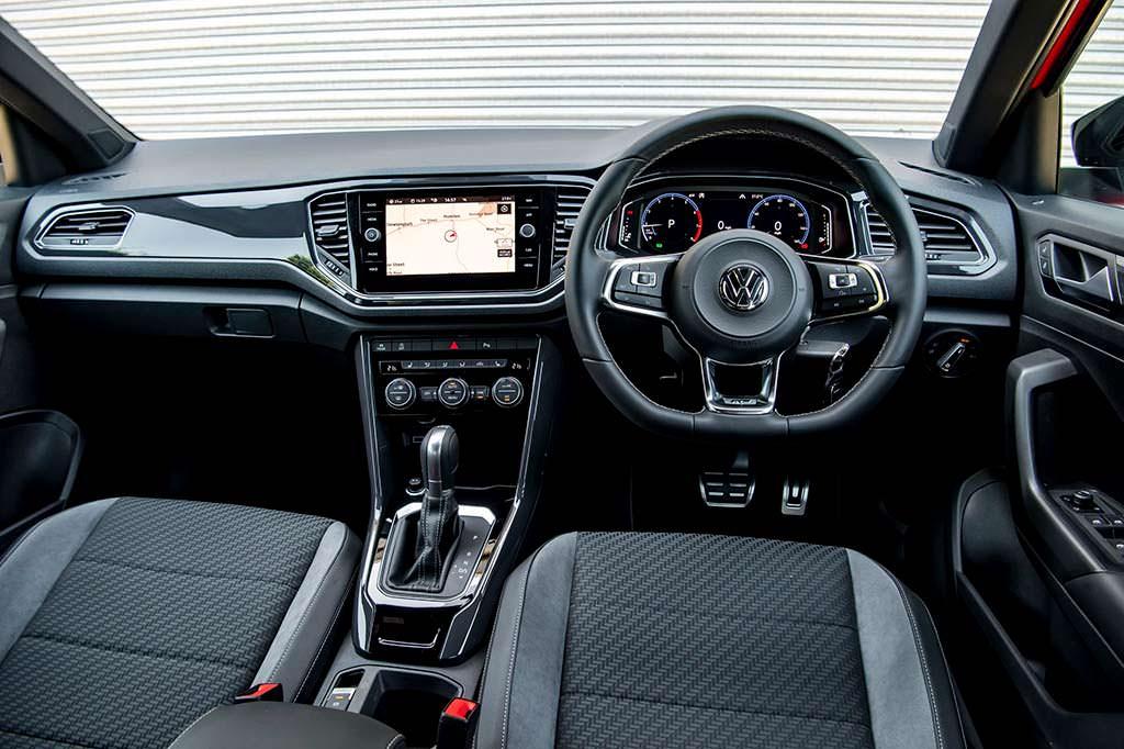 Фото салона Volkswagen T-Roc