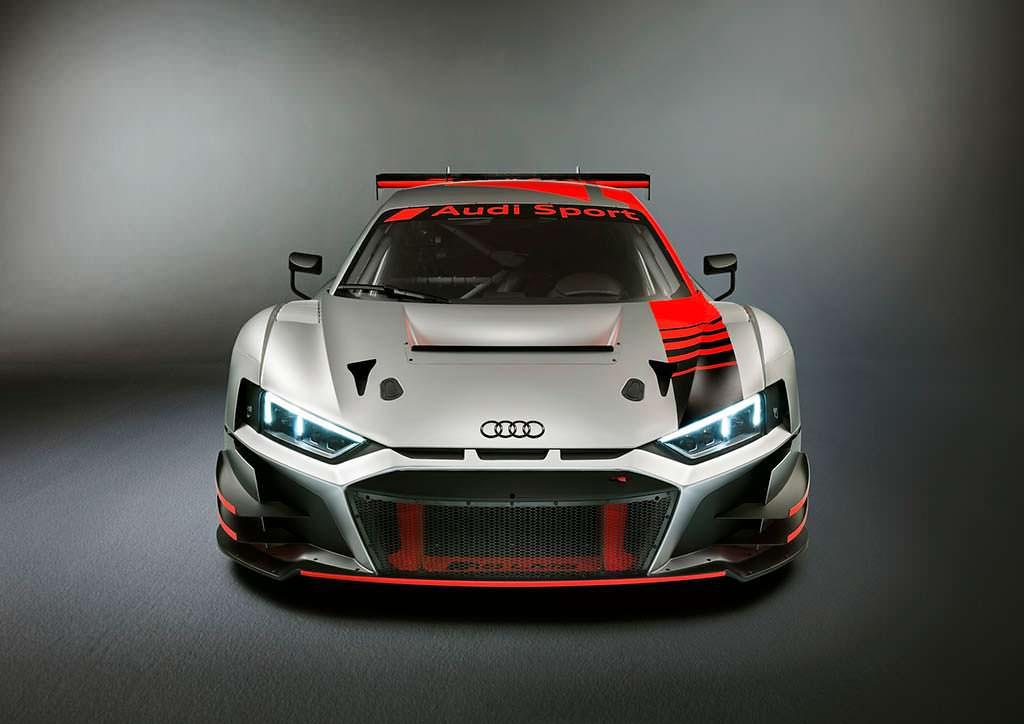 Гоночная Audi R8 LMS GT3. Мощность 585 л.с.