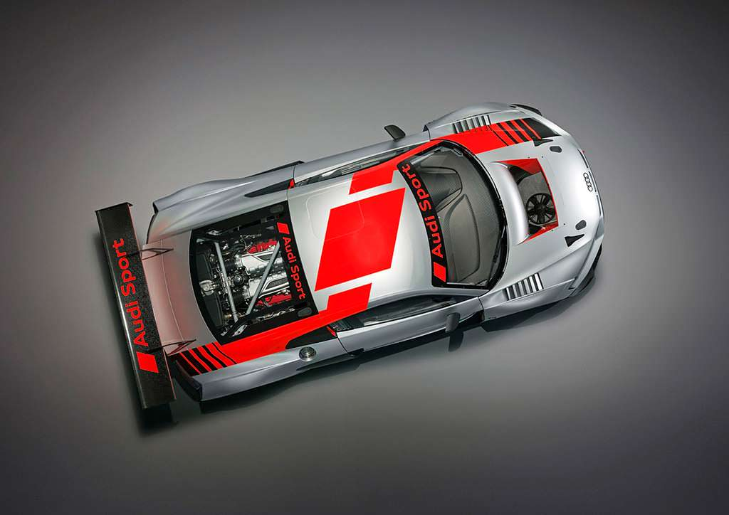 Гоночная Audi R8 LMS GT3. Двигатель 5,2 V10