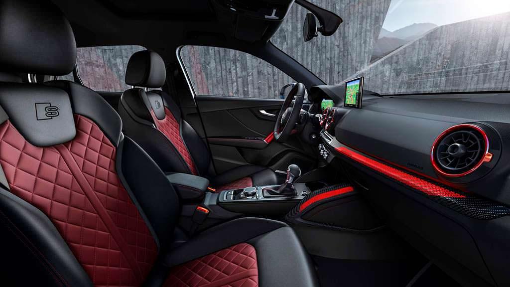 Фото внутри Audi SQ2