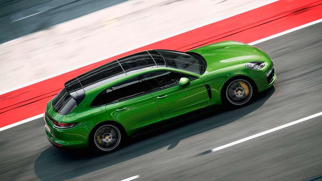 Спортивный универсал Porsche Panamera GTS Sport Turismo