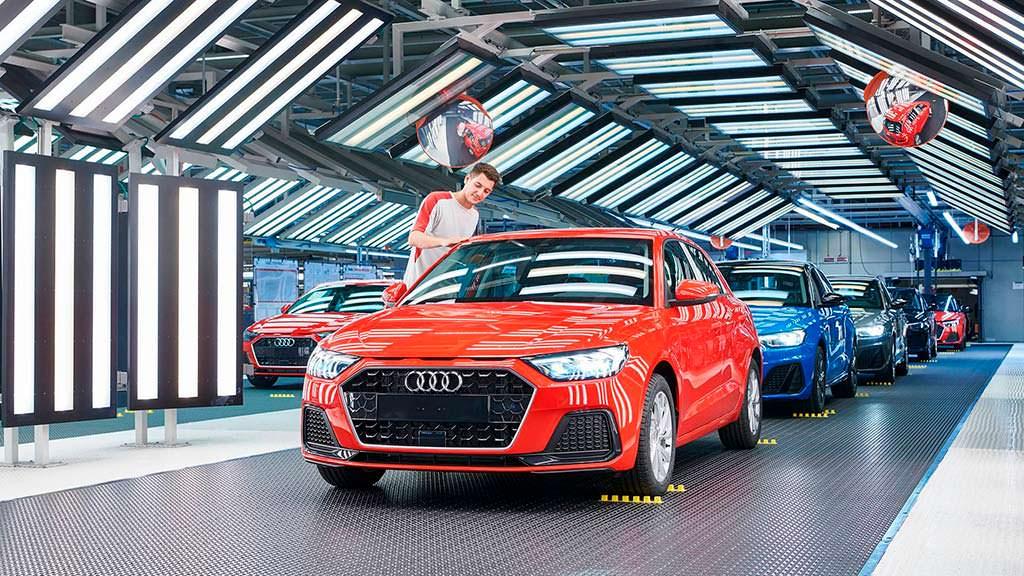 Конвейер Audi A1 Sportback на заводе SEAT в Испании