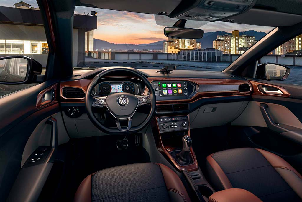 Фото внутри Volkswagen T-Cross для Латинской Америки