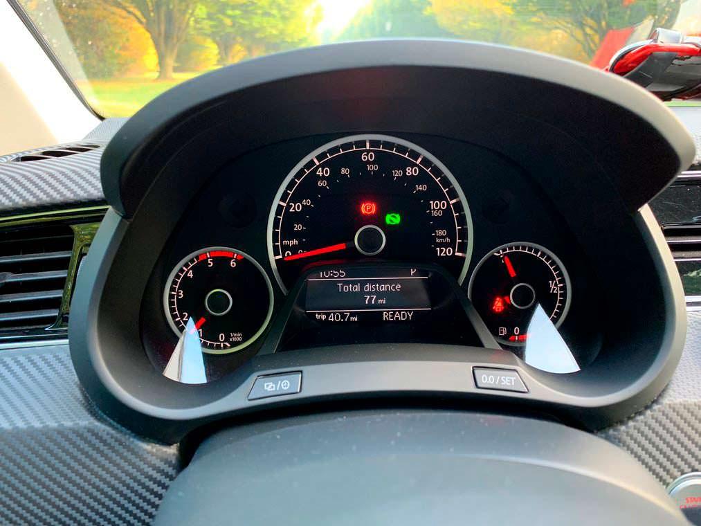 Volkswagen XL1 2015 года с пробегом 127 км