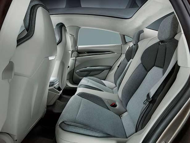 Задние сиденья Audi e-tron GT Concept