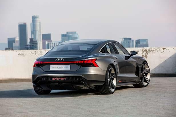 Электромобиль Audi e-tron GT Concept
