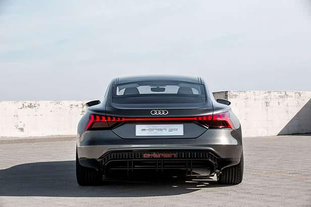 Audi e-tron GT Concept на платформе J1 от Porsche Taycan