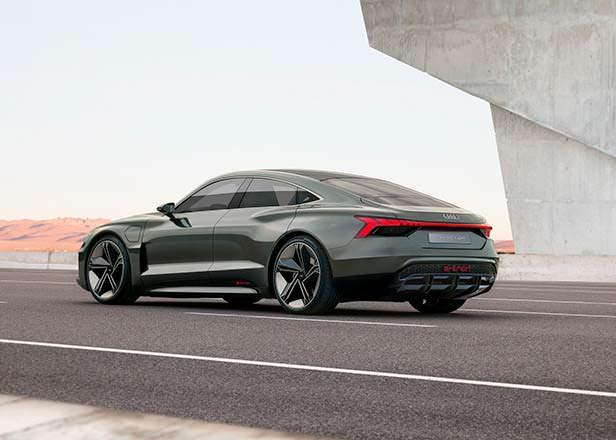 Электро-седан Audi e-tron GT Concept