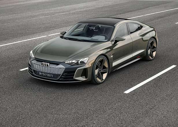 Audi e-tron GT Concept - соплатформенник Porsche Taycan