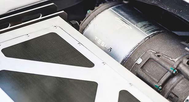 700-сильный электромотор Tesla в Porsche 911. Тюнинг Toyo