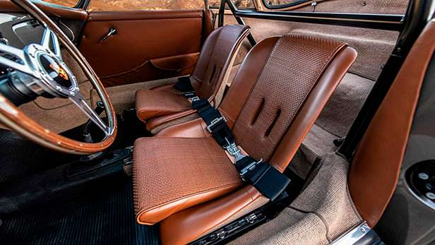 Кожаный интерьер Porsche 356B Cabriolet