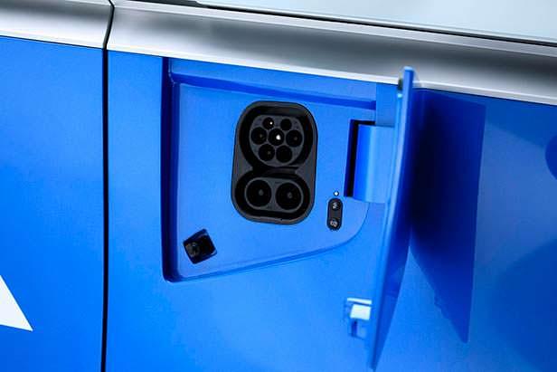 Гнездо подзарядки Volkswagen I.D. Buzz Cargo