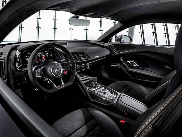Фото салона Audi R8 Decennium