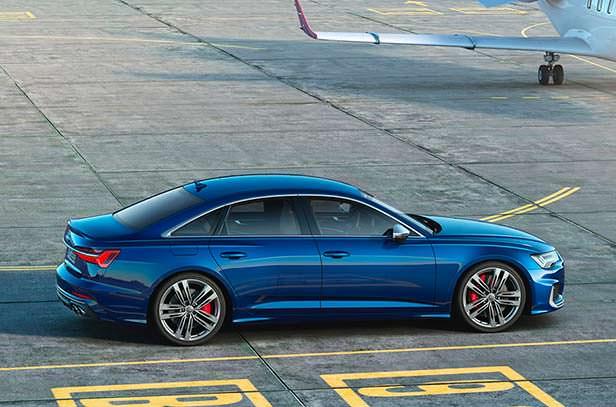 Спортивная Audi S6 2020