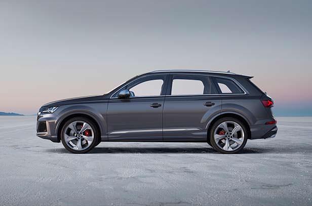 Горячий кроссовер Audi SQ7 2020 года