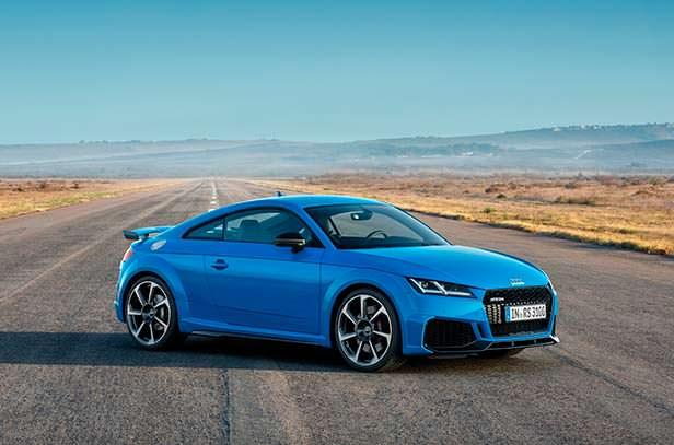 Новая Audi TT RS 2020 года