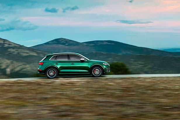 Гибрид кроссовера Audi SQ5