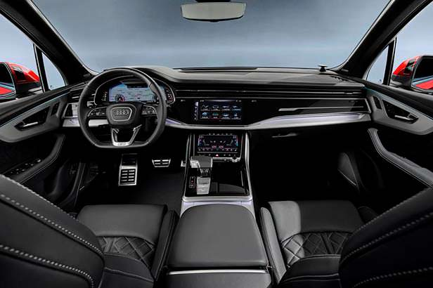 Фото салона Audi Q7 после рестайлинга