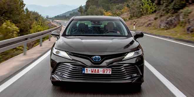 Toyota Corolla и Camry - коротко о популярных седанах в Украине