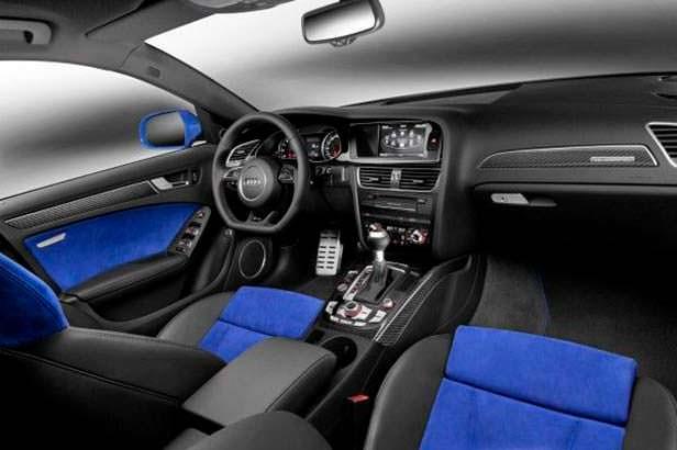 Салон Audi RS4 Nogaro