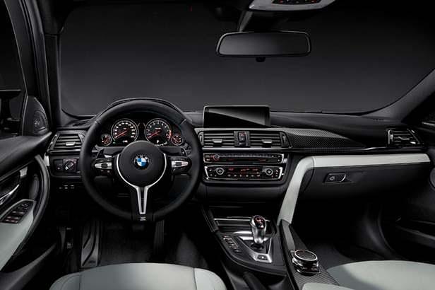 Фото салона BMW M3 F80