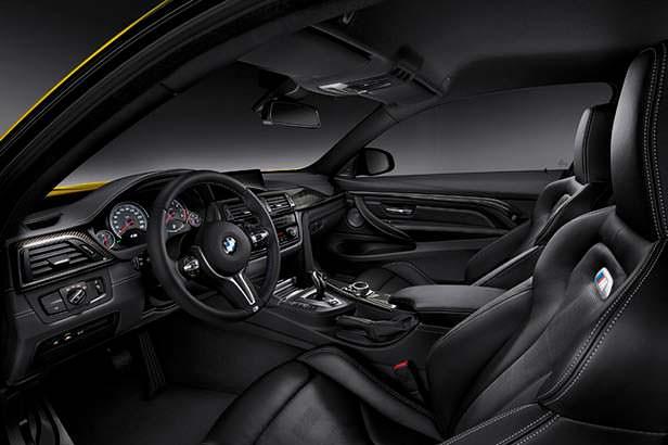 Фото внутри BMW M4 F82